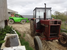 international 2 wheel drive tractor 2