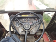 international 685 tractor 2 wheel drive